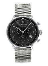 Bauhaus 40mm Silver Quartz Gent's Chronograph With Date And Steel Milanese Bracelet